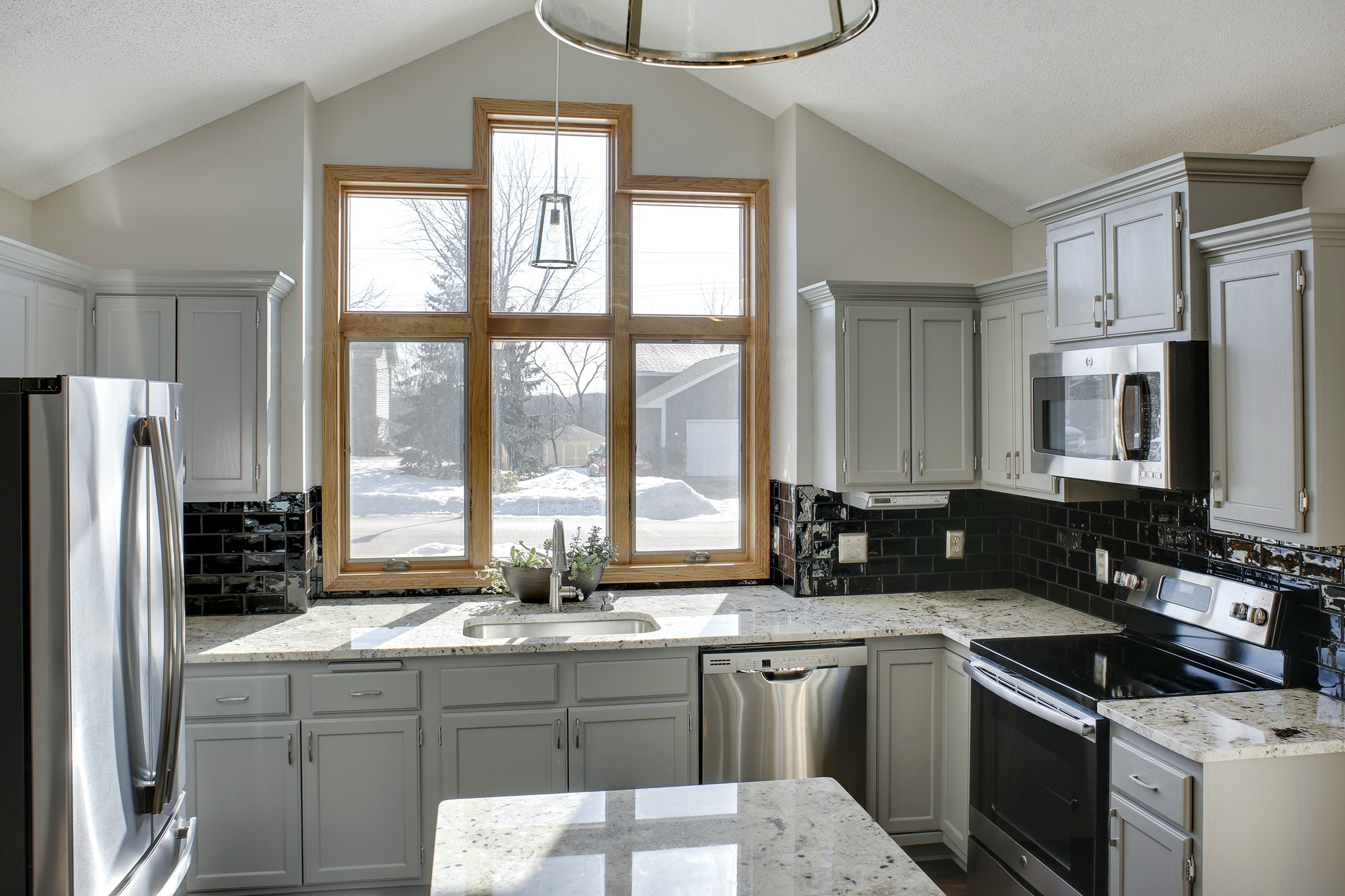 Stock Vs Semi Custom Vs Custom Kitchen Cabinets Home Building And Remodeling Experts In