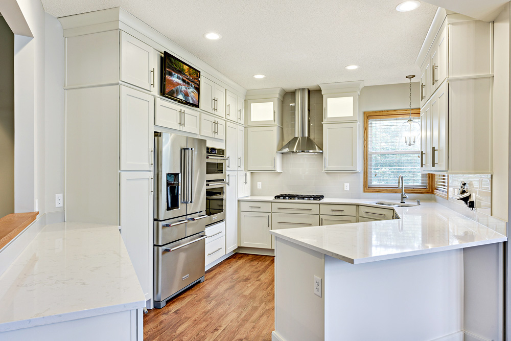 Kitchen Remodel at Featherstone Drive